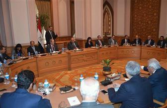 وزير الخارجية يستعرض التعاون مع غرفة التجارة الأمريكية | صور