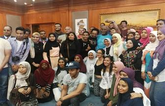 في ختام الورش بمهرجان أسوان.. خالد عبد الحليل يعلن دعمه لمشروعات الطلاب