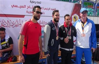 جامعة المنيا تكرم أبطال السباحة في بطولة متحدي الإعاقة