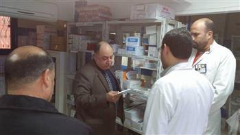 مدير التأمين الصحي الغربية يتفقد سير العمل بعيادة قطور الشاملة | صور