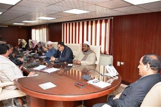 محافظ الغربية يناقش خطة تطوير مسجد  السيد البدوي بطنطا | صور