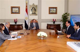 الرئيس السيسي يستعرض الموقف التنفيذي للإنشاءات في العاصمة الإدارية ومدينة العلمين الجديدة