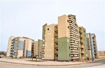 """نائب رئيس """"هيئة المجتمعات العمرانية"""" يتفقد المشروعات الجارى تنفيذها بمدينة العلمين الجديدة"""