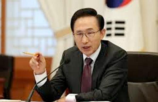 كوريا الجنوبية تحقق فى قضية الرشوة الكبرى بين رئيسها الأسبق و سامسونج  -