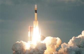 اليابان تطلق بنجاح صاروخا صغيرا يحمل قمرا صناعيا في الفضاء