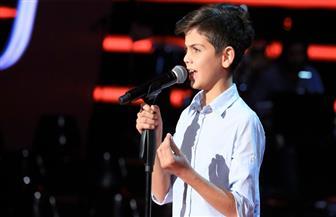 """اللبنانى جورج عاصى يخطف اهتمام الجمهور بأغنية """"ليل وبرد"""" فى برنامج ذا فويس كيدز"""