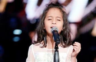 """ماريا القحطان تبهج جمهور ذا فويس كيدز بأغنية """"العيون السود"""""""