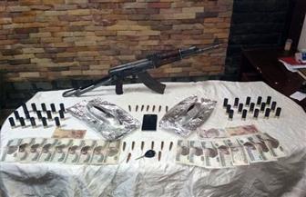 القبض على شقيقين بحوزتهما 2 كيلو أفيون وأسلحة نارية بالقطامية