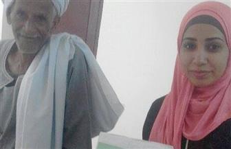 محكمة أسرة دراو بأسوان تستقبل أصغر مأذونة في مصر لاستلام مهام عملها   صور