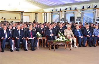 بدء الاحتفال بتدشين العلمين الجديدة بآيات من القرآن الكريم بحضور الرئيس السيسي