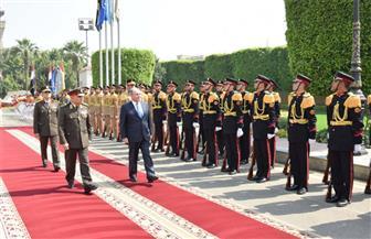 الفريق أول صدقي صبحي يستقبل رئيس مجلس الوزراء ووزير الدفاع الأردنيين