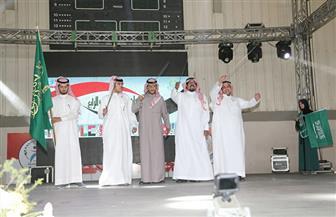 طلاب سعوديون يشاركون في يوم الشعوب بجامعة المنصورة   صور
