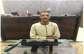 ضبط 10 متهمين بحوزتهم أسلحة نارية خلال حملة أمنية بأسوان | صور