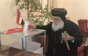 أسقف وأعضاء الكنيسة المصرية الأرثوذوكسية بجنوب إفريقيا يدلون بأصواتهم في الانتخابات الرئاسية  صور