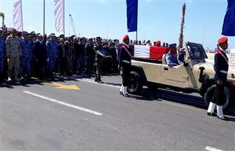 تشييع  جثمان الشهيد النقيب بحرى مصطفى محمود الجزار بالإسكندرية | صور