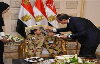 صور الرئيس مع أبناء الشهداء تثير إعجاب السوشيال ميديا.. ومعلقون: مشاهد ستبقى في أذهانهم