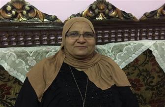 """""""الحاجة نادية"""" احترفت الخياطة ولديها ثلاثة أبناء.. تعرف على قصة الأم المثالية بكفر الشيخ"""