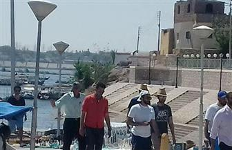 وزير خارجية الإمارات يستكمل جولته السياحية بأسوان