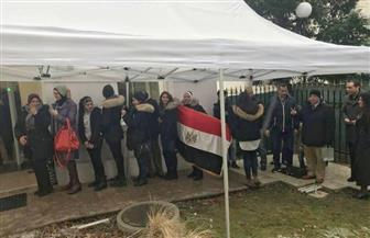 """غرفة عمليات """"الهجرة"""" ترصد إقبالا كبيرا من المصريين على صناديق الاقتراع وتستجيب لـ 249 استفسارا"""