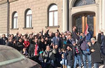 المصريون فى الخارج يعبرون عن حبهم لمصر فى طوابير الناخبين بمقار السفارات المصرية| صور