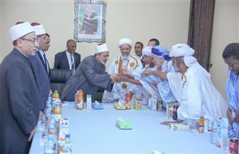 شيخ الأزهر يعقد جلسة علمية مع كبار علماء الدين بموريتانيا