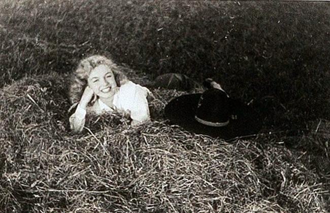 مارلين مونرو كما لم تشاهدها من قبل.. صور لـ أيقونة هوليود  قبل الشهرة -