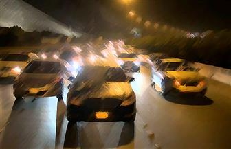 """النيابة تواصل التحقيق مع سائقين لاتهامهما بقتل أمين شرطة خطأ بسبب """"سباق سيارات"""""""