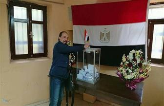 مواطن مصري يسافر من الدار البيضاء للرباط مرتين للإدلاء بصوته في الانتخابات.. تعرف على قصته | صورة