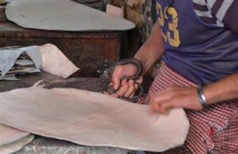 سفارات المعرفة بمكتبة الإسكندرية تنظم ورشا لصناعة المشغولات الجلدية