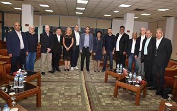 أعضاء مجلس الأهلي يستقبلون وفد الاتحاد الدولي لذوي الاحتياجات الخاصة