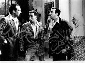 صور نادرة لإسماعيل ياسين مع نجوم جيله منذ ظهوره بالثلاثينيات