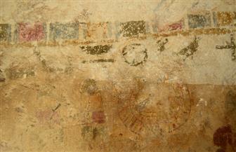 اكتشاف نقوش بمقبرة في المنيا قد يدفع العلماء لإعادة دراسة زخرفة المقابر بالدولة الوسطى | صور