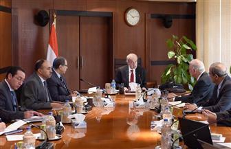 رئيس الوزراء يعقد اجتماعا لمتابعة مشروع تطوير منطقة شق الثعبان