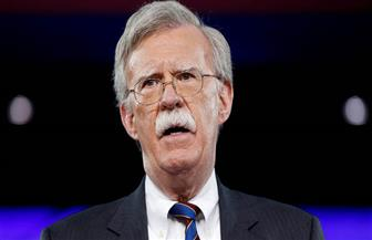 مستشار الأمن القومي الأمريكي: سندرس رفع العقوبات عن قادة جيش فنزويلا إذا ساندوا جوايدو