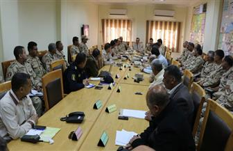 محافظ الفيوم يجتمع بأعضاء غرفة العمليات المركزية لمتابعة انتخابات الرئاسة   صور