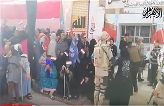 مستقبل وطن قنا: المواطنون يحتشدون أمام المقرات الانتخابية رغم الطقس السيئ