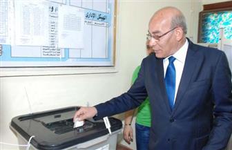 وزير الزراعة يدلي بصوته في الانتخابات الرئاسية بالهرم | صور
