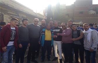 عبد الباسط حمودة ينتظر الإدلاء بصوته في الانتخابات الرئاسية   صور
