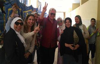 """""""الوطنية للانتخابات"""" توضح حقيقة تصويت الفنان حسين فهمي مرتين"""