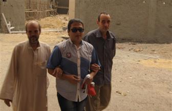 متحدو الإعاقة البصرية يتوافدون للإدلاء بأصواتهم بمحافظة الأقصر   صور