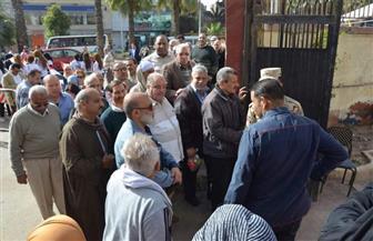 حزب الوفد بالعمرانية يباشر تنظيم العملية الانتخابية