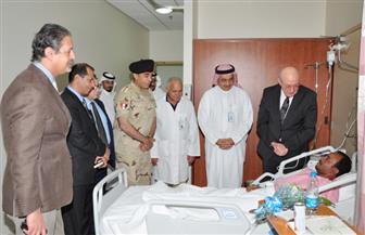 سفير مصر بالرياض يزور المصابين في حادث الاعتداء الصاروخي على الرياض|صور