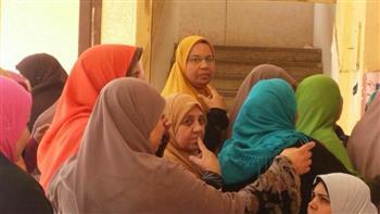 إقبال ملحوظ من السيدات على لجان انتخابات الرئاسة فى السنطة