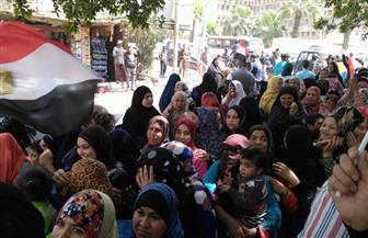 مغتربات يحتشدن في لجنة الشهيد محمد عبد العزيز بالطالبية ويخرجن دون تصويت بسبب المقر الانتخابي | صور
