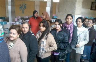 الناخبون يتوافدون على مقار لجان مدينة العبور للتصويت في الانتخابات الرئاسية