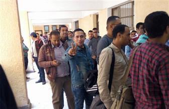 استمرار توافد أهالي كرداسة على اللجان الانتخابية لليوم الثانى | صور