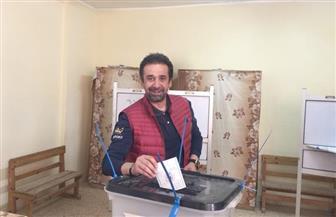 يسرا وزينة ونيللي كريم ومصطفى فهمي وكريم عبد العزيز يدلون بأصواتهم في اليوم الثاني للانتخابات الرئاسية
