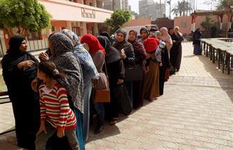 إقبال كثيف من الناخبين على التصويت بلجان الفيوم | فيديو