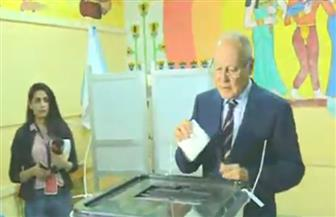 """""""أبو الغيط"""" يدلي بصوته ويحث الشعب على المشاركة في الانتخابات"""