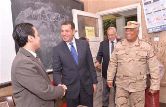 محافظ أسيوط وقائد المنطقة الجنوبية ومدير الأمن يتابعون سير الانتخابات الرئاسية  صور وفيديوهات